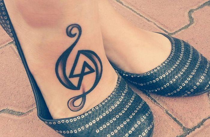 my_linkin_park_and_treble_clef_tattoo_by_nikkike-d6tq5d5.jpg