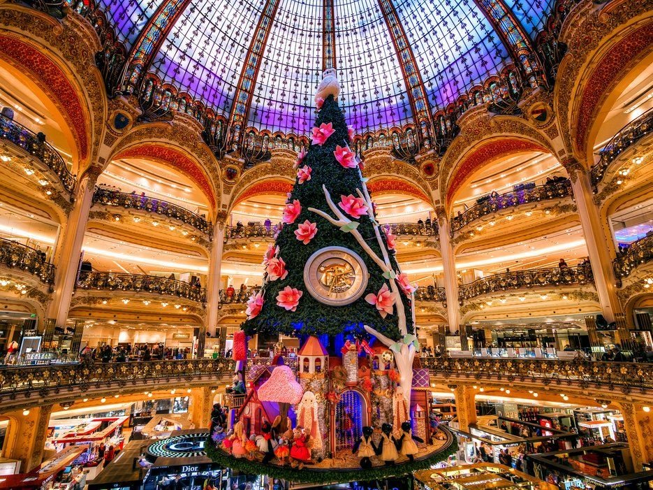 25 Things You Absolutely Positively Have To Do In Paris Galeries Travel Noel