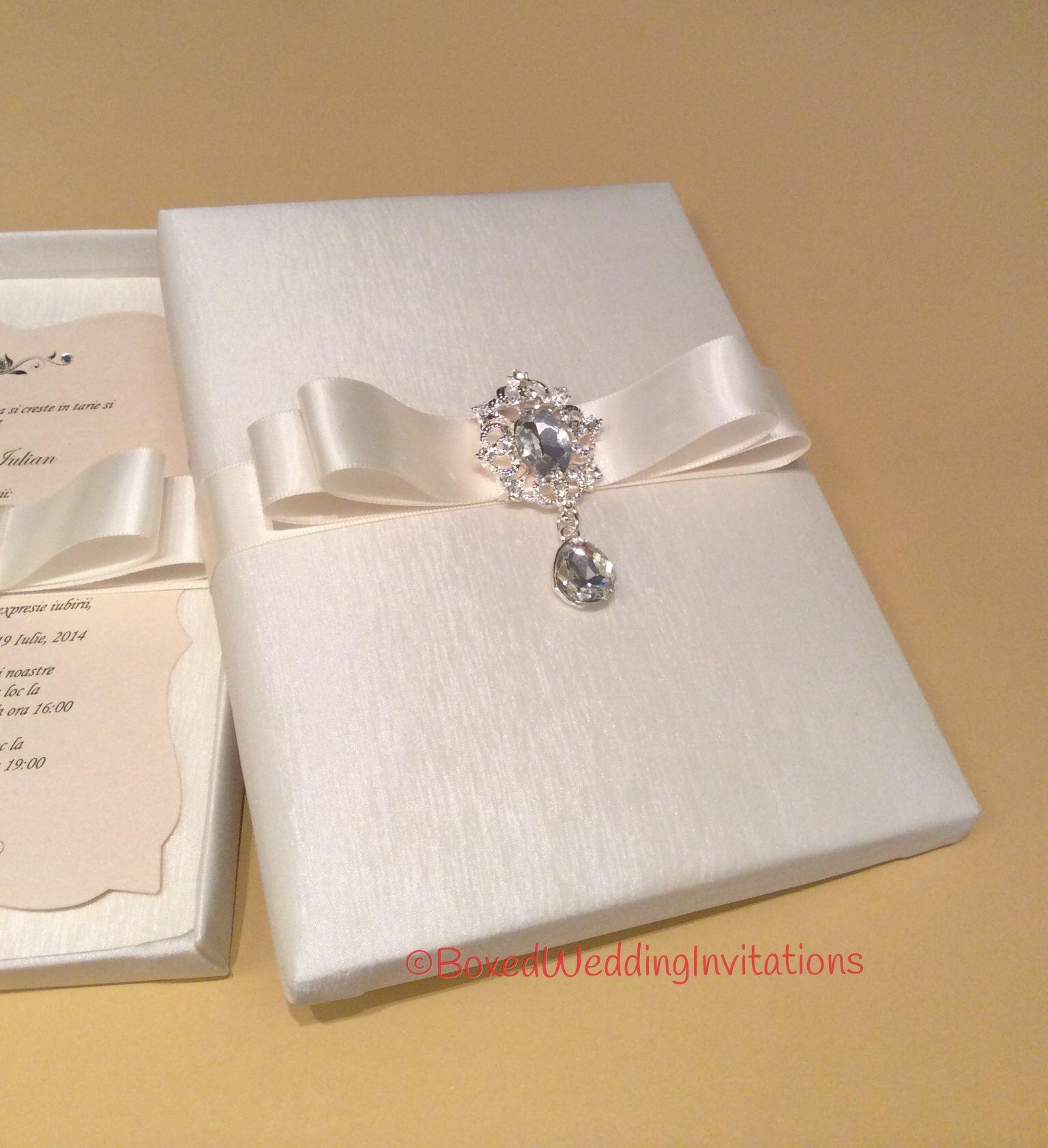 Dangling Crystal Wedding Invitation Box   Pinterest   Crystal ...