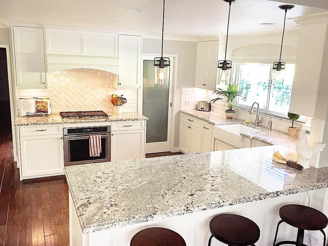 Mgdesignelements White Kitchen With Shaker Cabinets Blizzard
