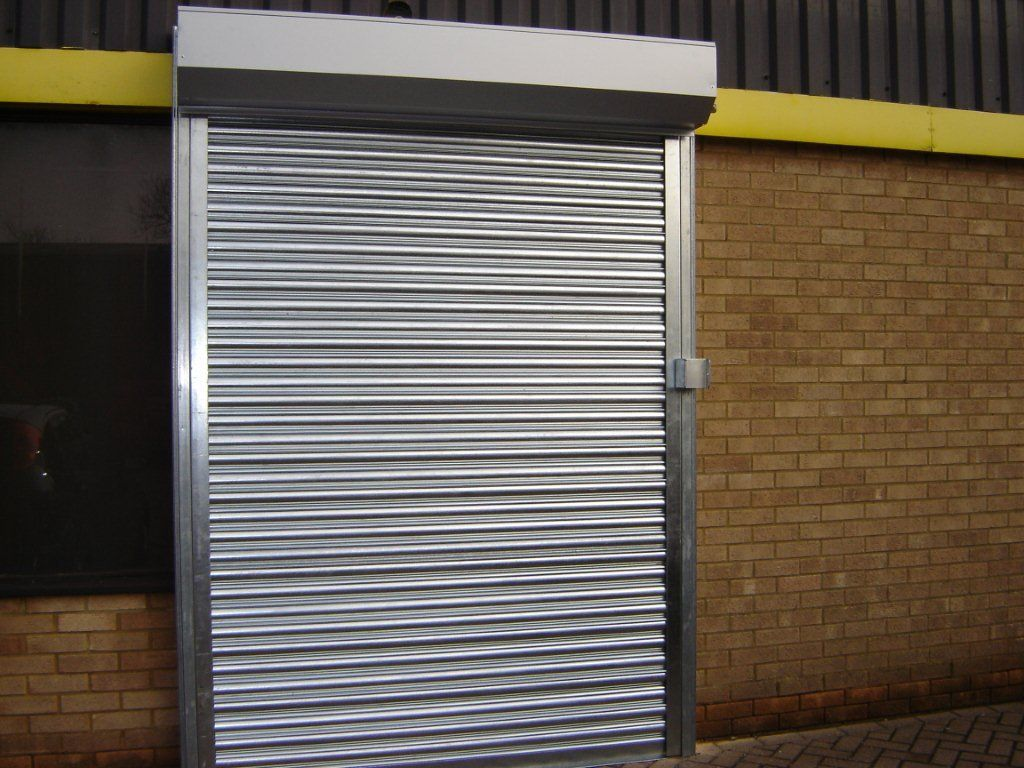 RSG5000 Galvanised Steel Roller Shutter fitted externally ...