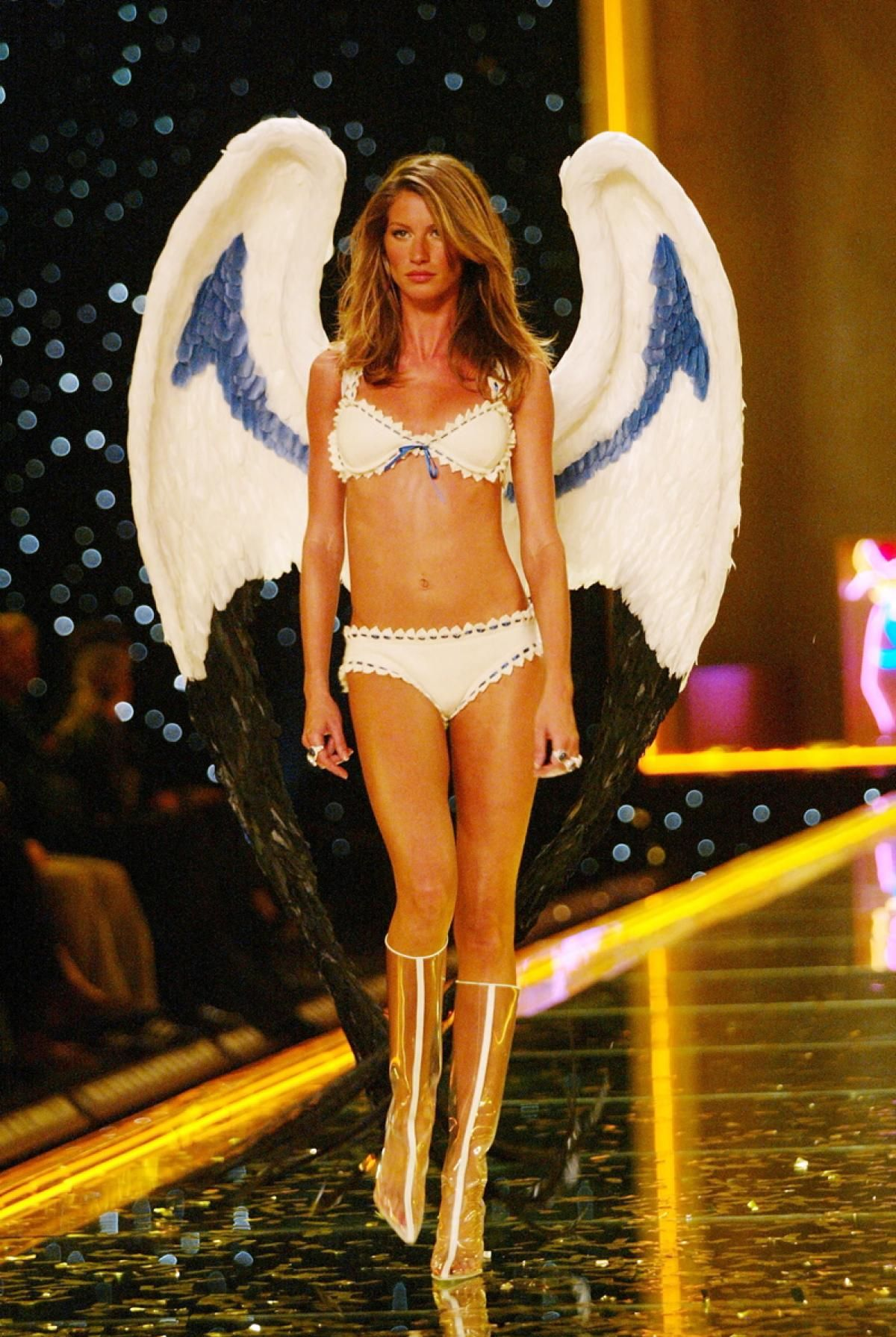 Victoria's Secret Fashion Show - Wikipedia