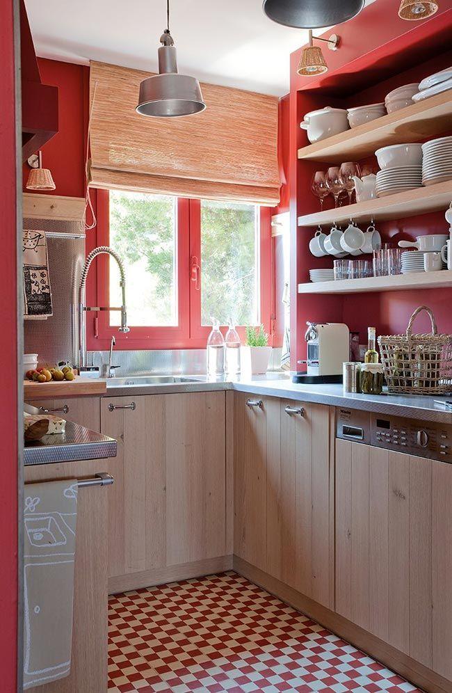 Ideas para vestir tu cocina de rojo de suelo a techo · Red kitchen ...