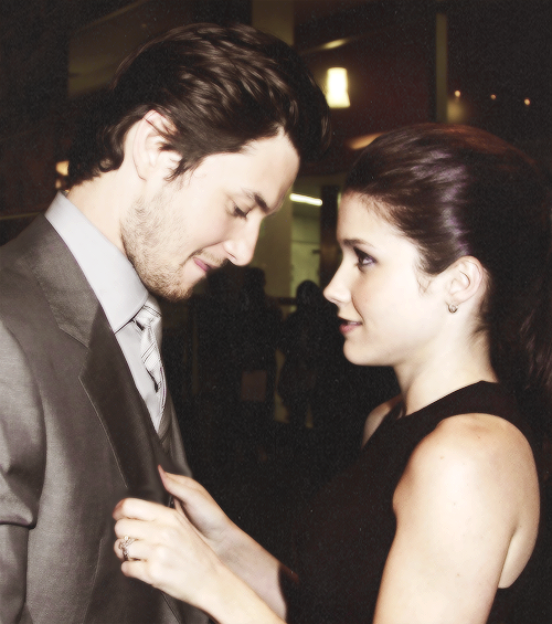 """Barneowl: """"Who Is The Woman With Our Ben? He Hides His"""
