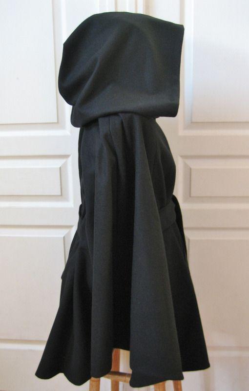 veste cape romantique large capuche en drap de laine noir vestes et manteaux au zizile. Black Bedroom Furniture Sets. Home Design Ideas