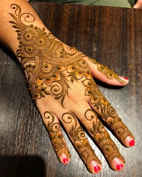 Stylish and attractive cone mehndi design photos also rh pinterest