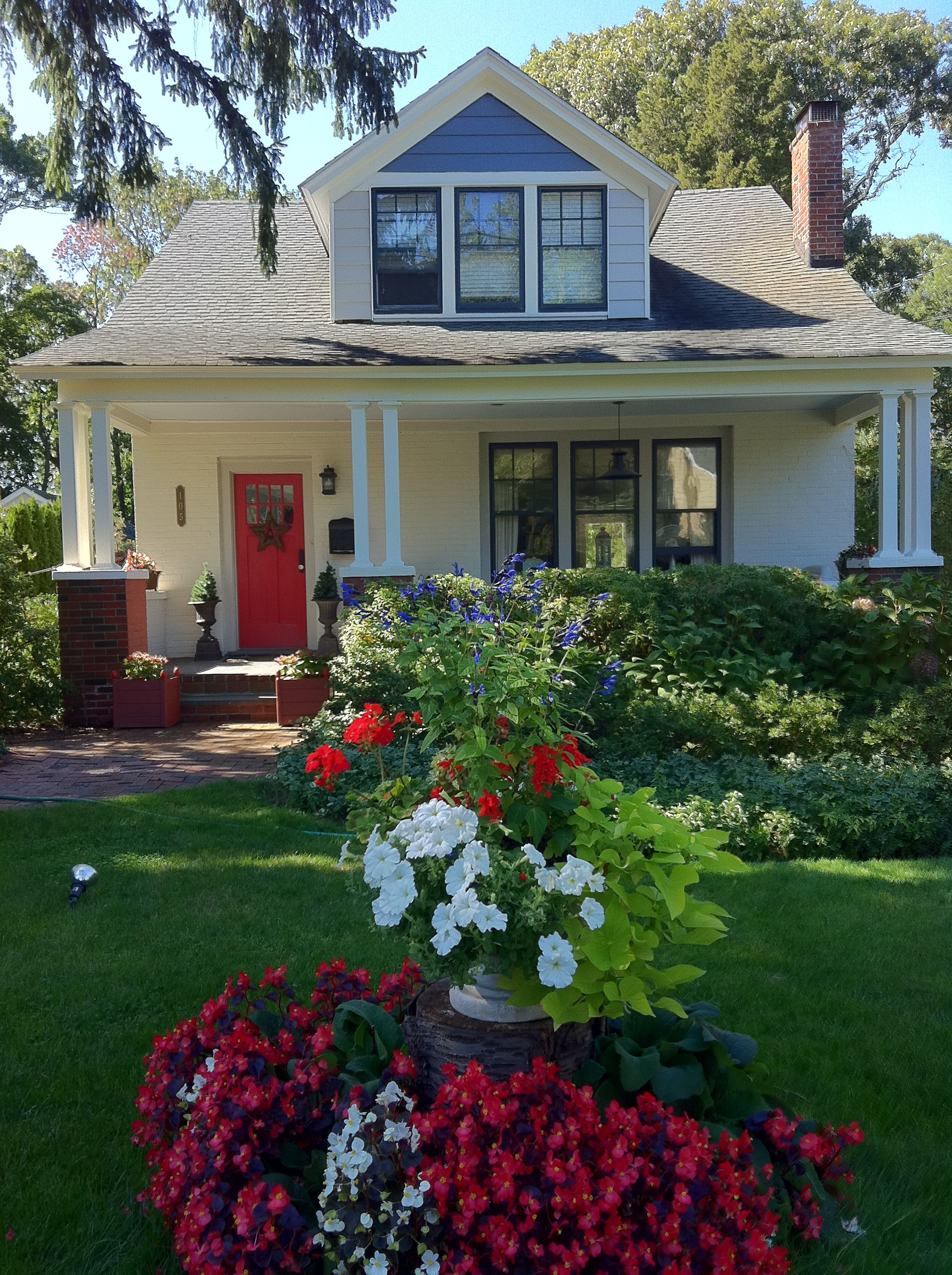 1920s Craftsman Bungalow. Exterior Color Scheme: Porch