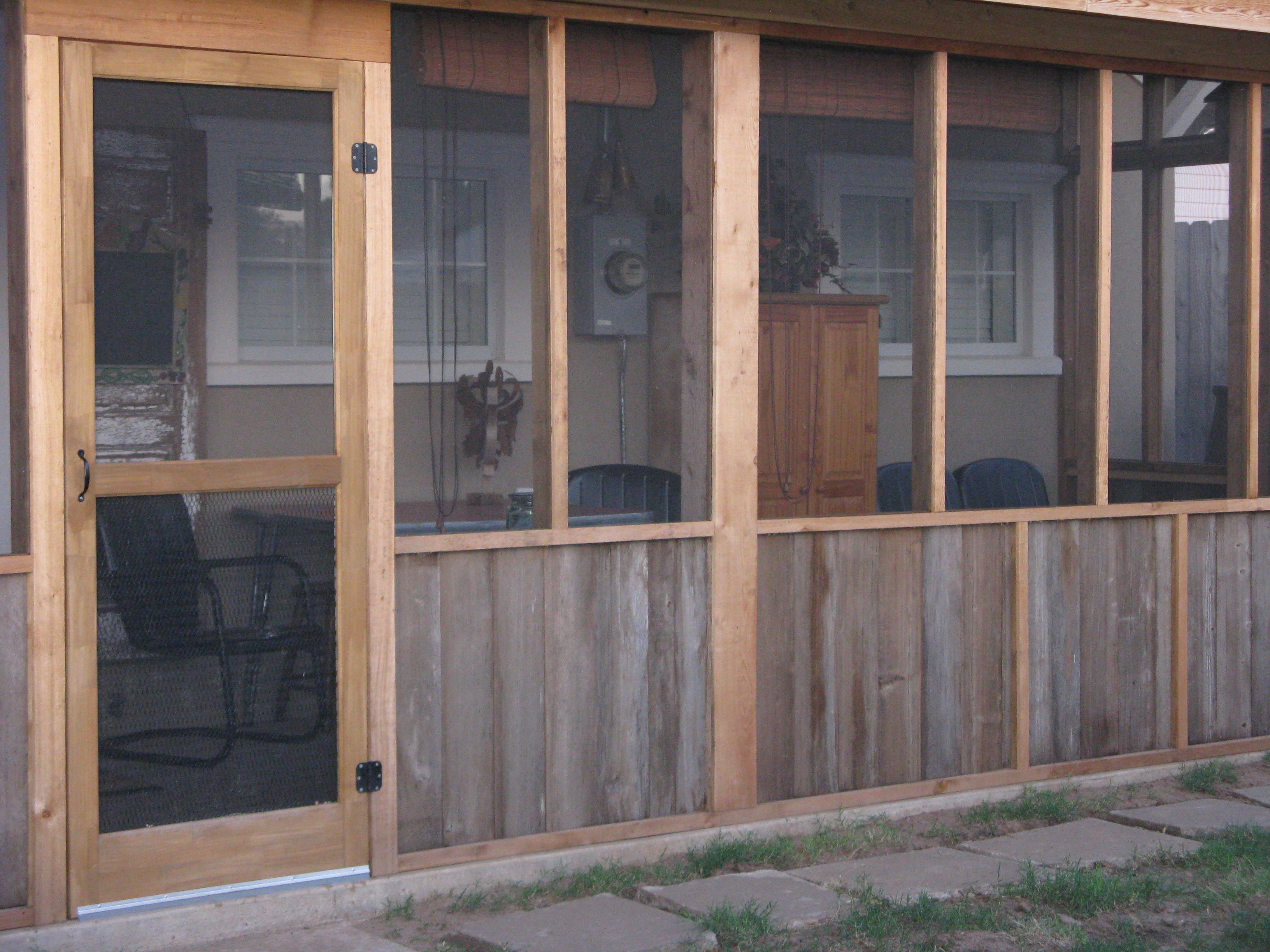 Screened in back porch using pallets??? | Pallet creations ...