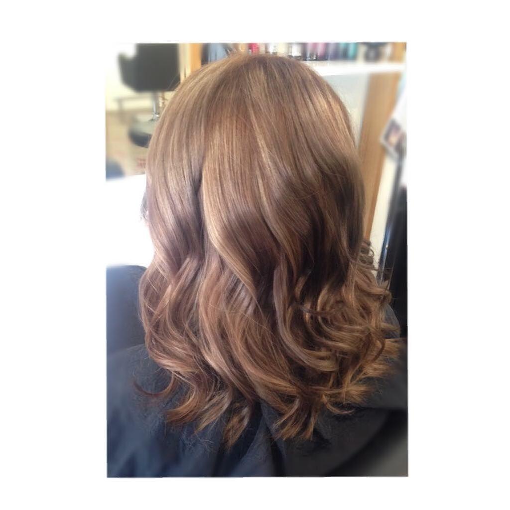 Soft caramel tones   #hairatredstudio #tigicreativecolour #tigi #sfactorbytigi  #modernsalon #Highlights #shop3280 #3280 #hairbycody #tigiaus by hair_at_red_studio