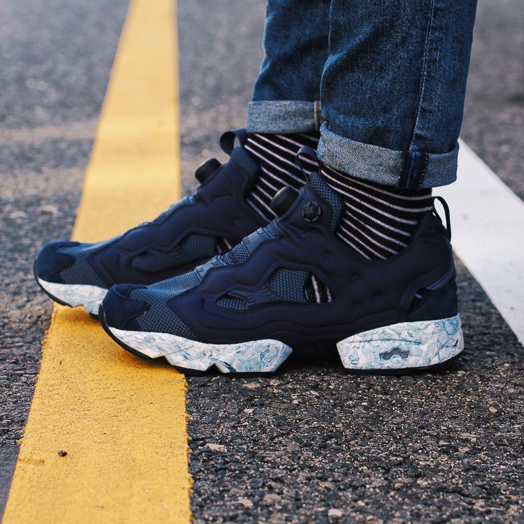 Reebok Classic - Instapump Fury ACHM collegiate navy - Sneakers men ... f55bb99df