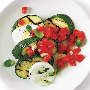 Grilled zucchini with fresh mozzarella, diced tomatoes and basil. Is this not a fabulous summer dish or what? Healthy too:)