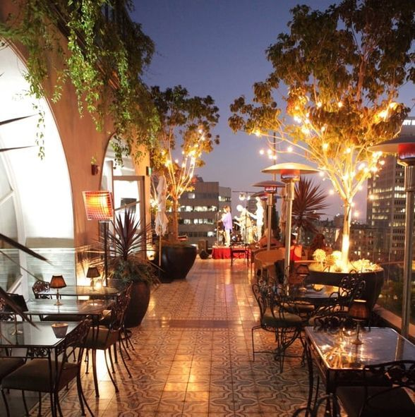 The 10 Best Rooftop Bars In Los Angeles Best Rooftop Bars Rooftop Bars Los Angeles Rooftop Bar