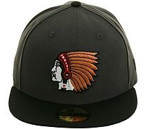 New Era 2Tone Boston Braves Fitted Hat - Graphite eedf88f2a8d