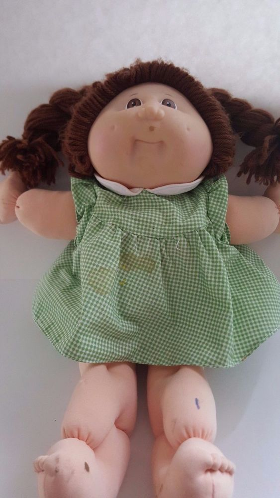 Cabbage Patch Girl Doll 15 Year Anniversary Special Edition 1998 Green Gingham Cabbagepatch Dollswithclothingaccessories Girl Dolls Gingham Cabbage Patch