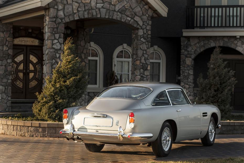 This Aston Martin DB Sports Saloon Has An Estimated Price - Aston martin db5 price