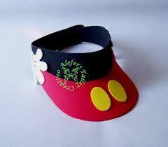 viseras gorras de minnie y mickey en goma eva - Buscar con Google