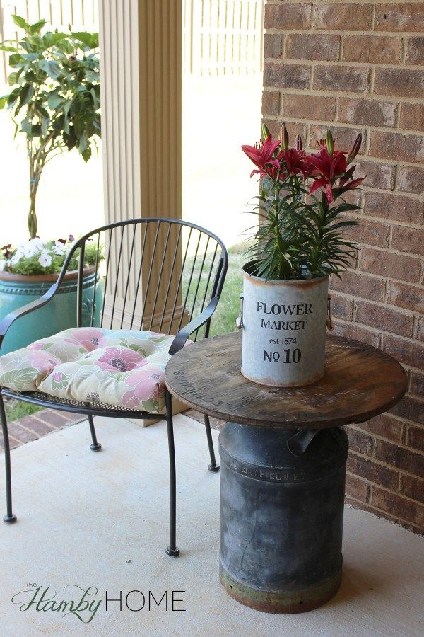 wooden spool and milk can table farmhouse pinterest bidons de lait bidon et d co maison. Black Bedroom Furniture Sets. Home Design Ideas