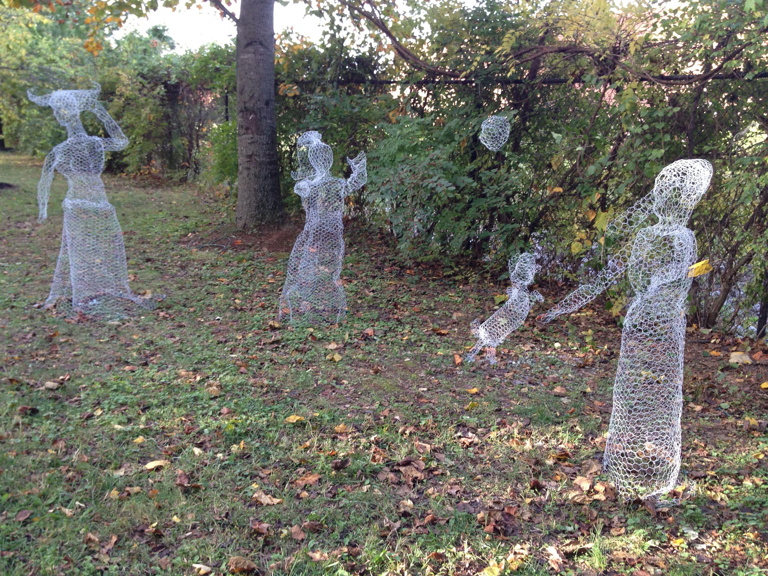 Chicken wire ghost scene \