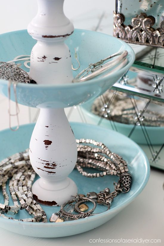 Diy jewelry storage from pretty dishes and two candlesticks diy jewelry storage from pretty dishes and two candlesticks confessions of a serial do solutioingenieria Images
