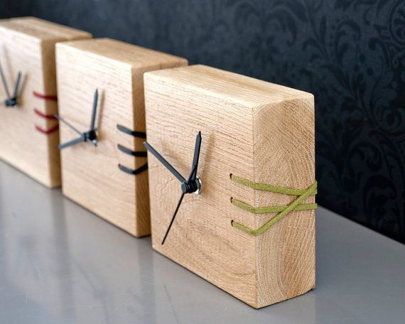 Grünes Holz, Tischuhr, moderne Uhr, Holz Uhr, bestickt - moderne wohnzimmer uhren