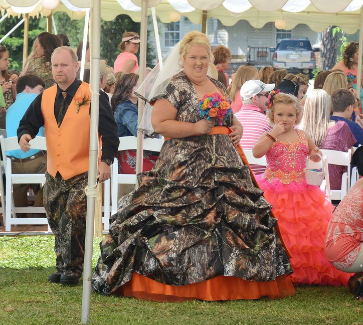 Come See Here Comes Honey Boo Boou0027s Mama Juneu0027s Camouflage Wedding Dress