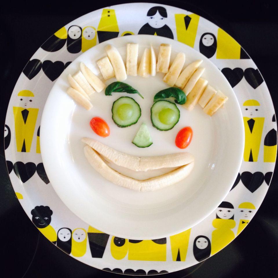 Bombotti, Oma perhe -tarjotin/ Own family -tray/ Breakfast for children, photo Viivi Lehto