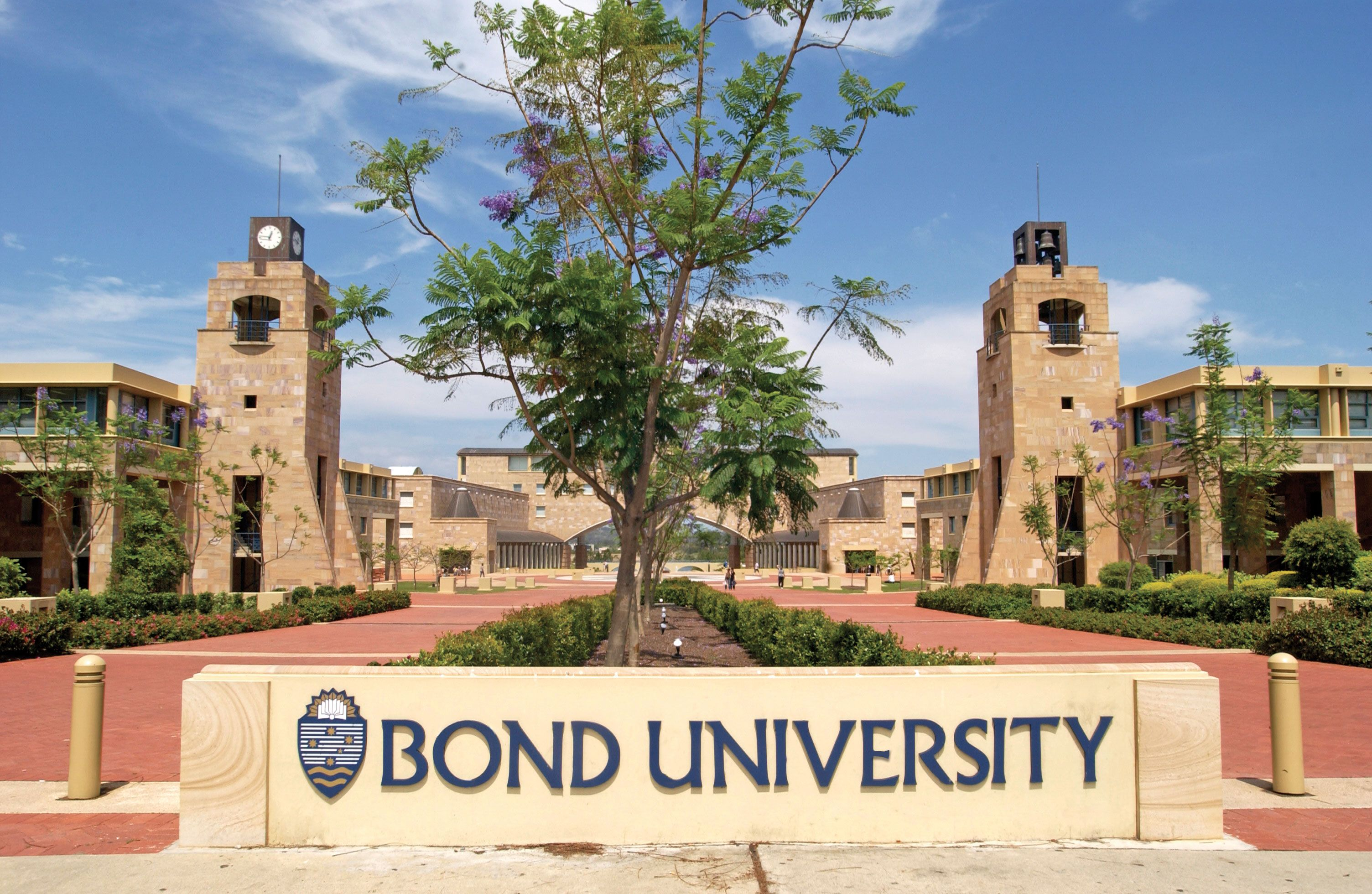 Bond University Campusgold Coastone Of Australias Best Hijab By Nobby Mumtaz Dress Universitiesand Ten Minutes From Great Surf Beaches