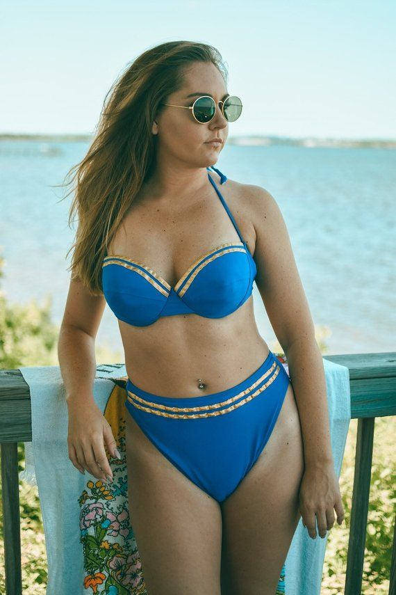 a09172e9f8ab1 Vintage 90 s Kathy Ireland High waisted blue Wonder Woman bikini medium  large