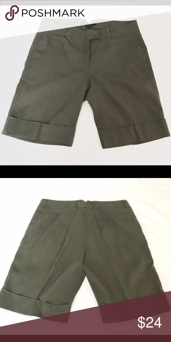 Theory Bermuda Shorts olive green size 4 Theory casual linen shorts Bermuda style in deep olive green size 4- flat across waist 16in- full length 18in Theory Shorts Bermudas