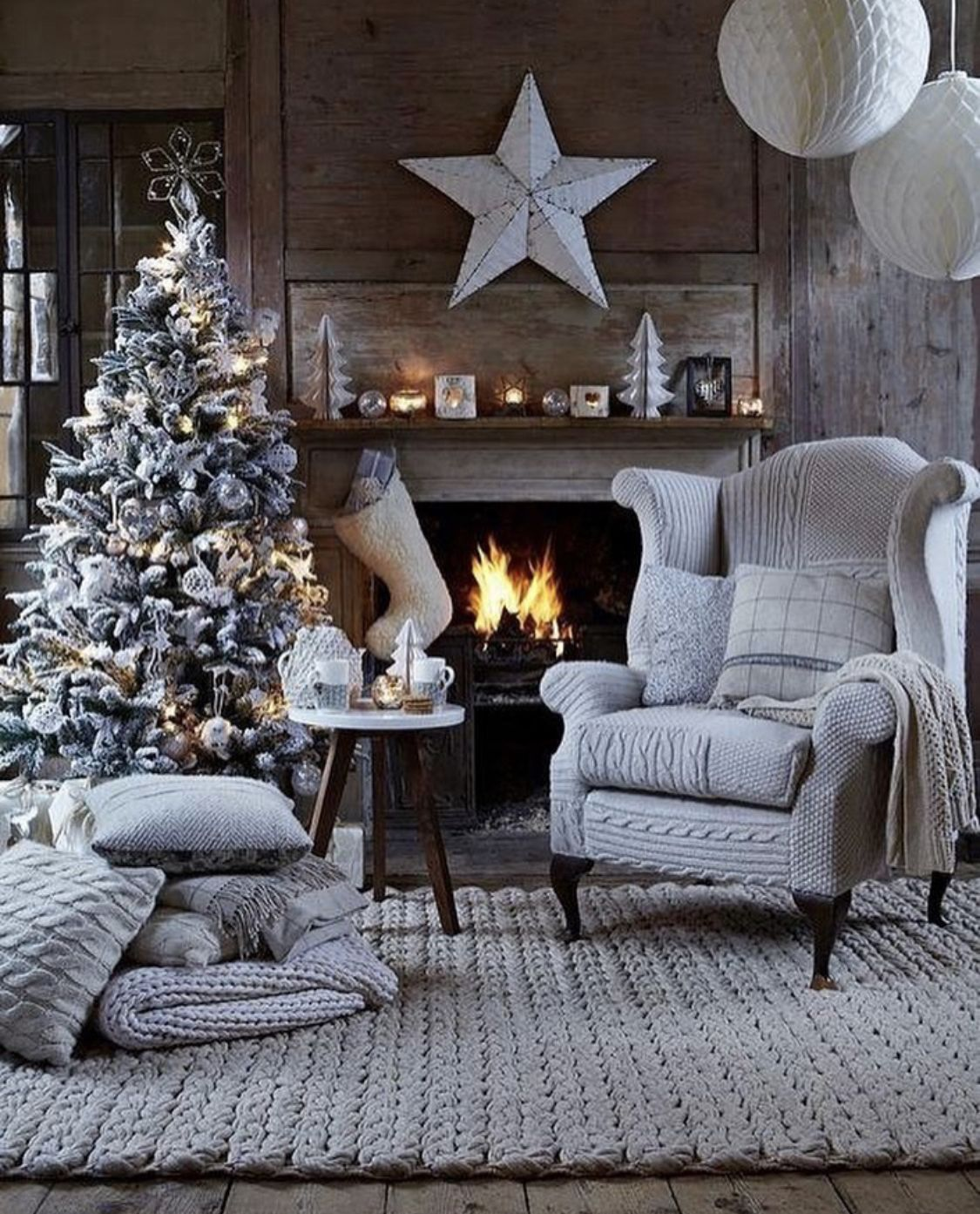 Farmhousehome Decorating Ideas: Merry Christmas To Everyone! The Gift Of Love. The Gift Of