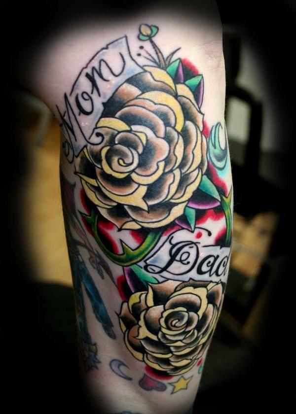 different colored flowers tattoos f r v ter tattoo mutter und blumen tattoo schulter