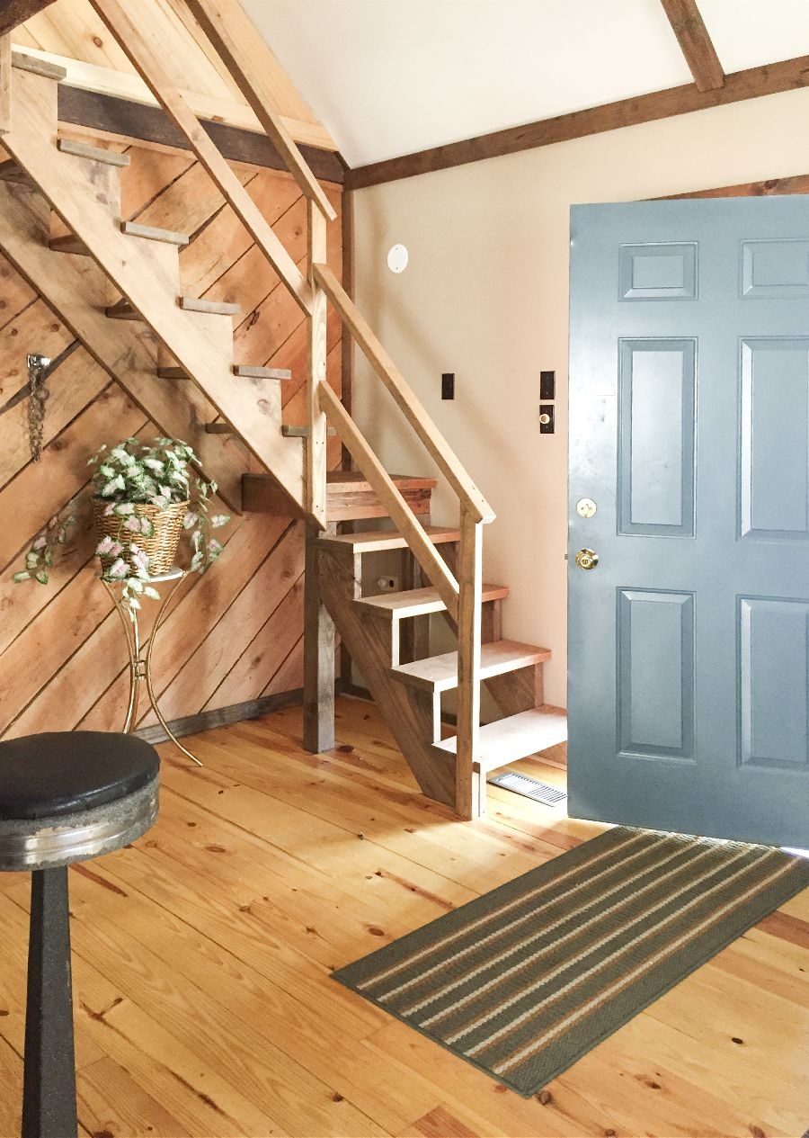 7 tips for small-space living via Little House Big City
