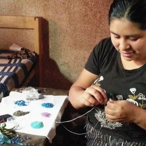Maria Sapalu can give you a Maya Bead Making Craft Lesson and Tour!