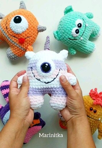 Kawaii häkeln Regenbogen Einhorn Monster – Amigurumi Plushie Monster – Halloween Geschenk für besten Freund   – Crochet plushies