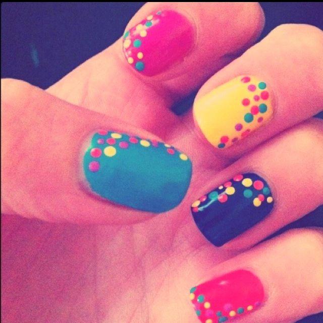 Polka dot nails #nails #nailart