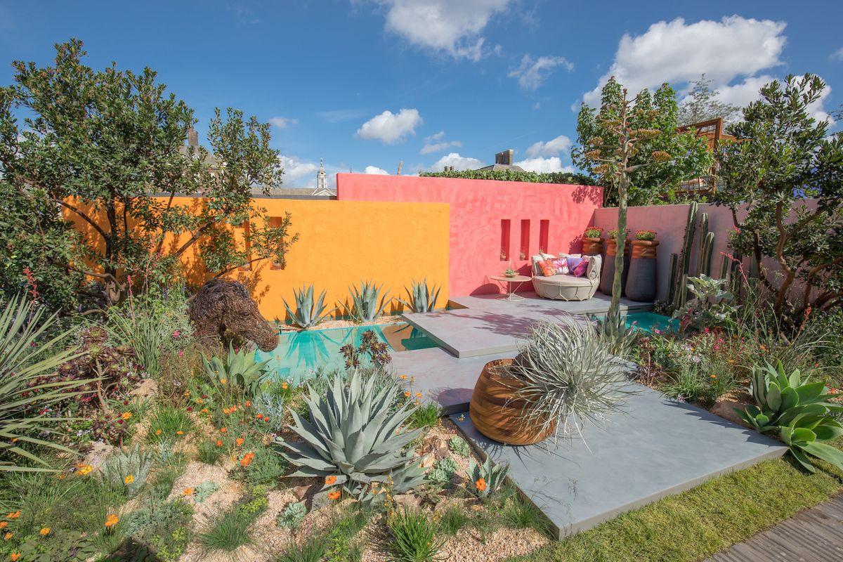 Superbe Beneath A Mexican Sky Garden By Garden Designer Manoj Malde