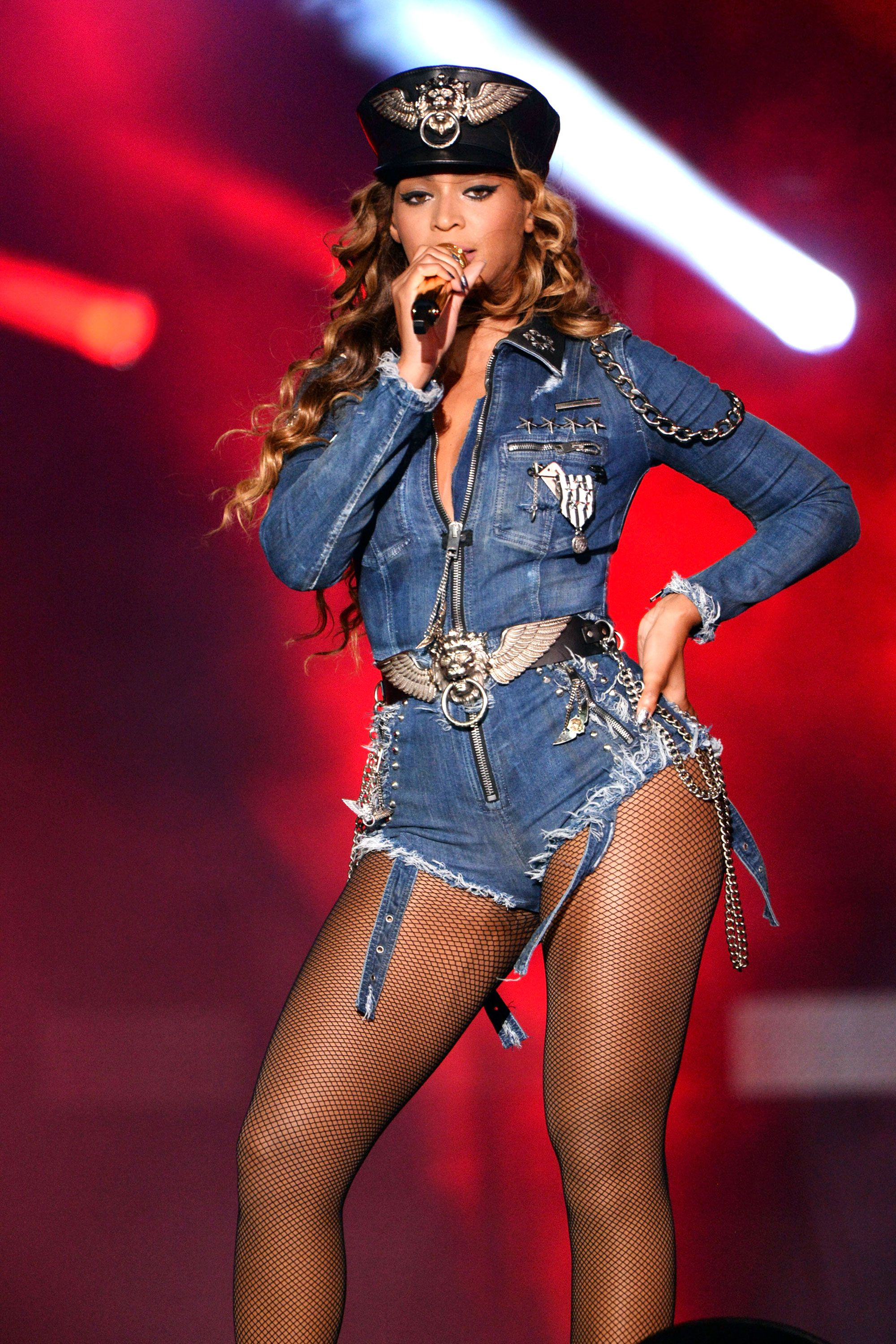 Beyonce's Best Tour Costumes | Beyonce costume and Celebrity