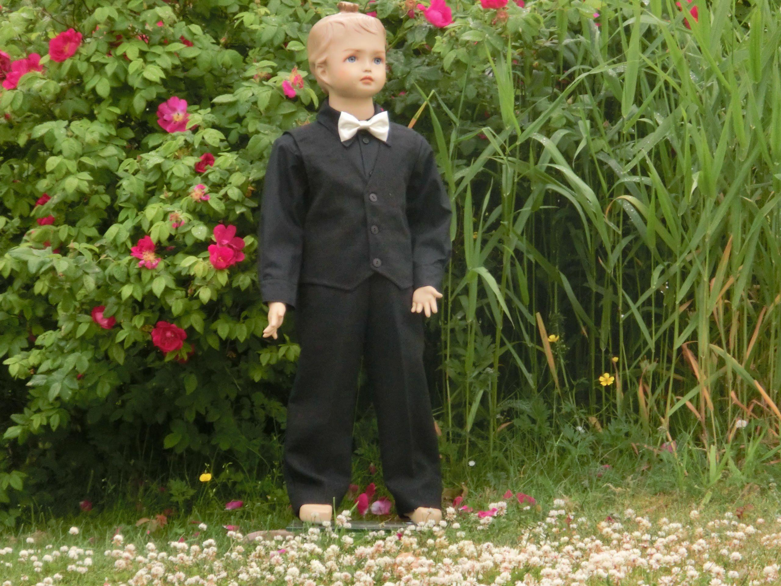 Ring bearer black suit. Black boys wedding suit. Ring bearer linen ...