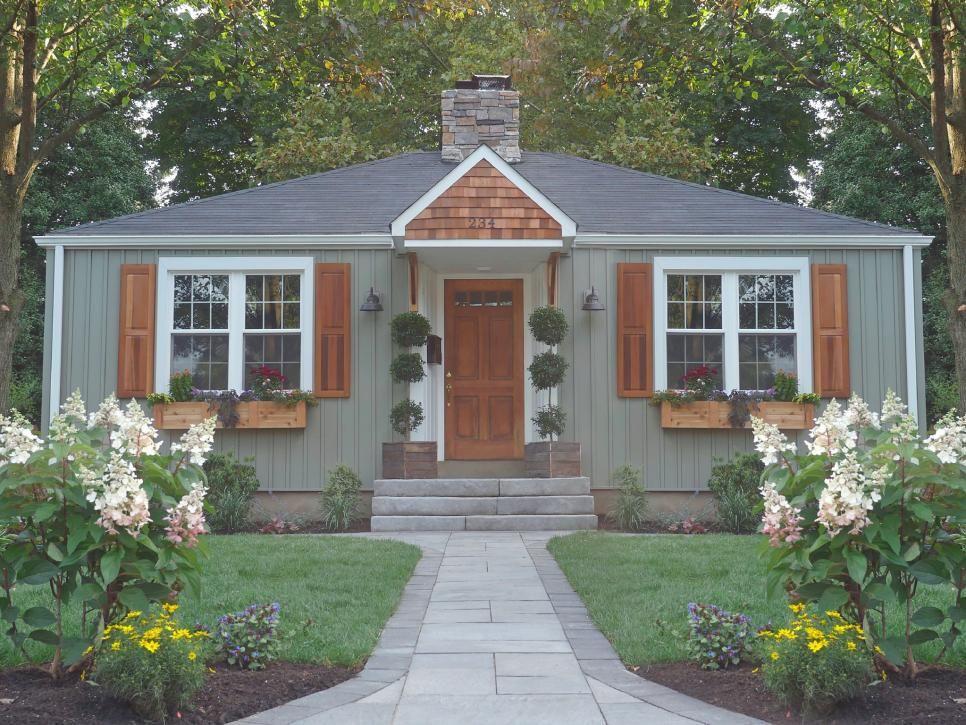 Our Favorite Lawn Order Transformations Lawn Order Diynetwork Com Diy Home Exterior Makeover House Paint Exterior Exterior House Colors