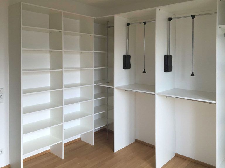 Begehbare Garderobe Schlicht Einbauschrank Regal Begehbarer Schrank