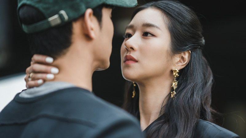 Seo Ye-Ji's Fashion As Ko Moon-Young In K-Drama 'It's Okay To Not Be Okay'  Episodes 1-2 | Drama korea, Drama, Korea