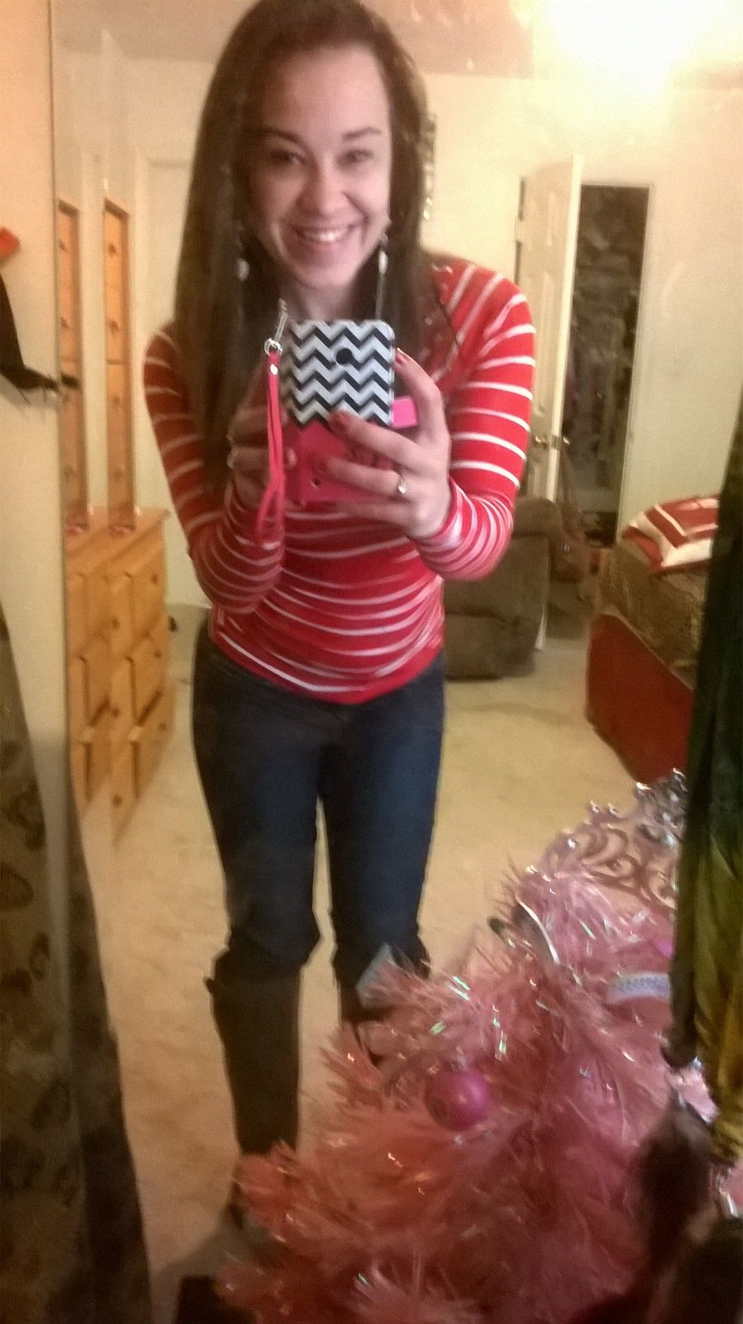 something simple. just a basic fitted stripped long sleeve shirt with the chardonnay high boots. boots are my weekness <3