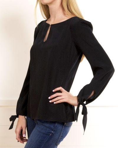 Modelo blusa manga larga