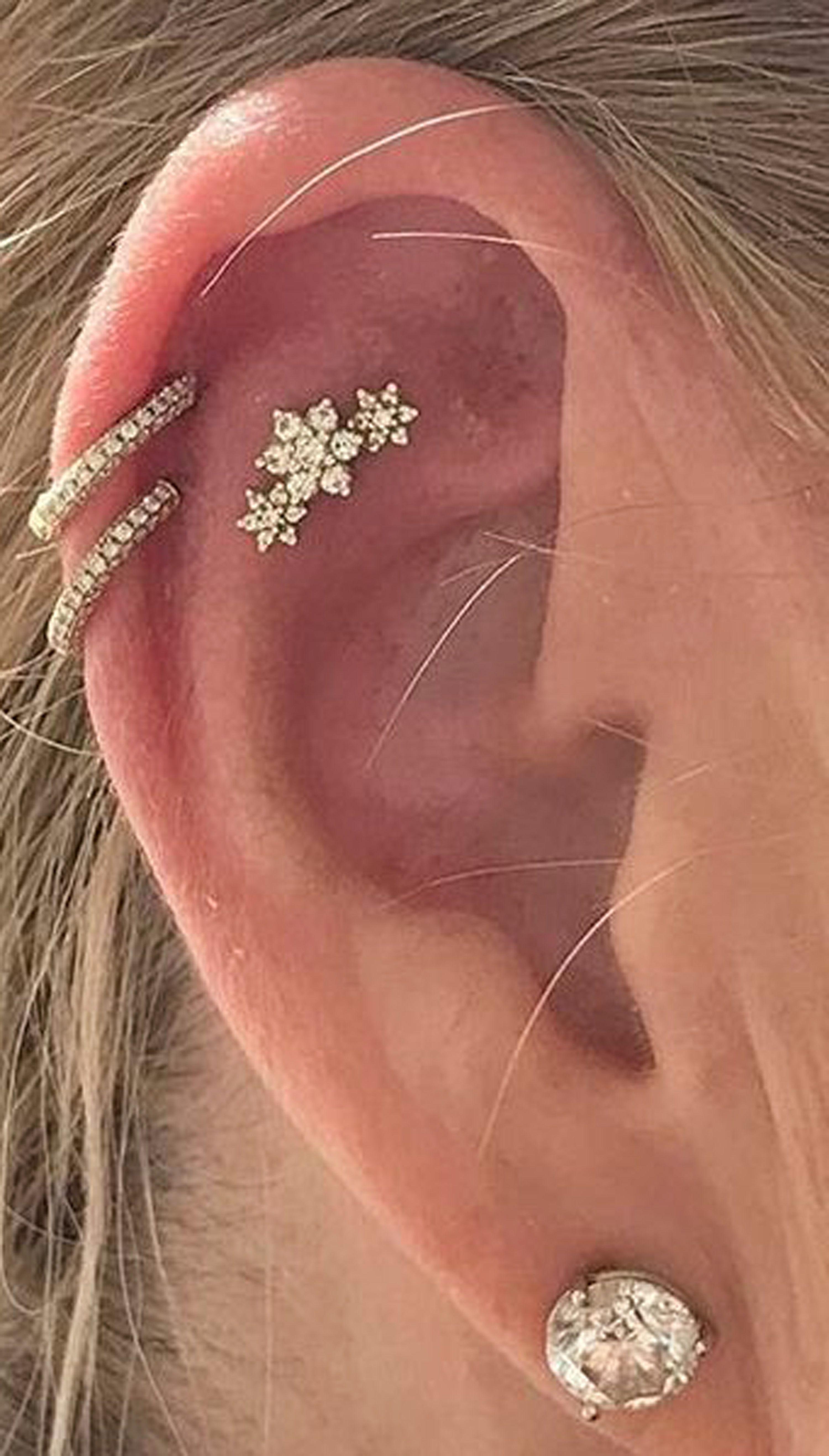 Body art #piercing flat ear piercing, ear piercings tragus, ear piercings indus...
