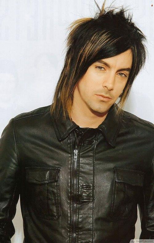 Short Long Layered Emo Hairstyle Httpbestpickrcom - Hairstyle boy look