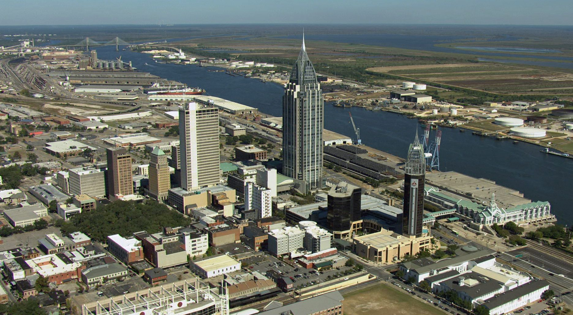 Mobile Alabama The Rsa Battle House Tower Is The Tallest