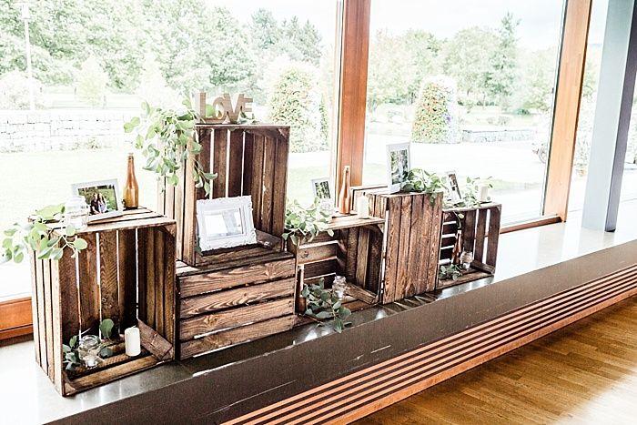 Alte Weinkisten Mit Eukalyptus Dekoriert Wedding