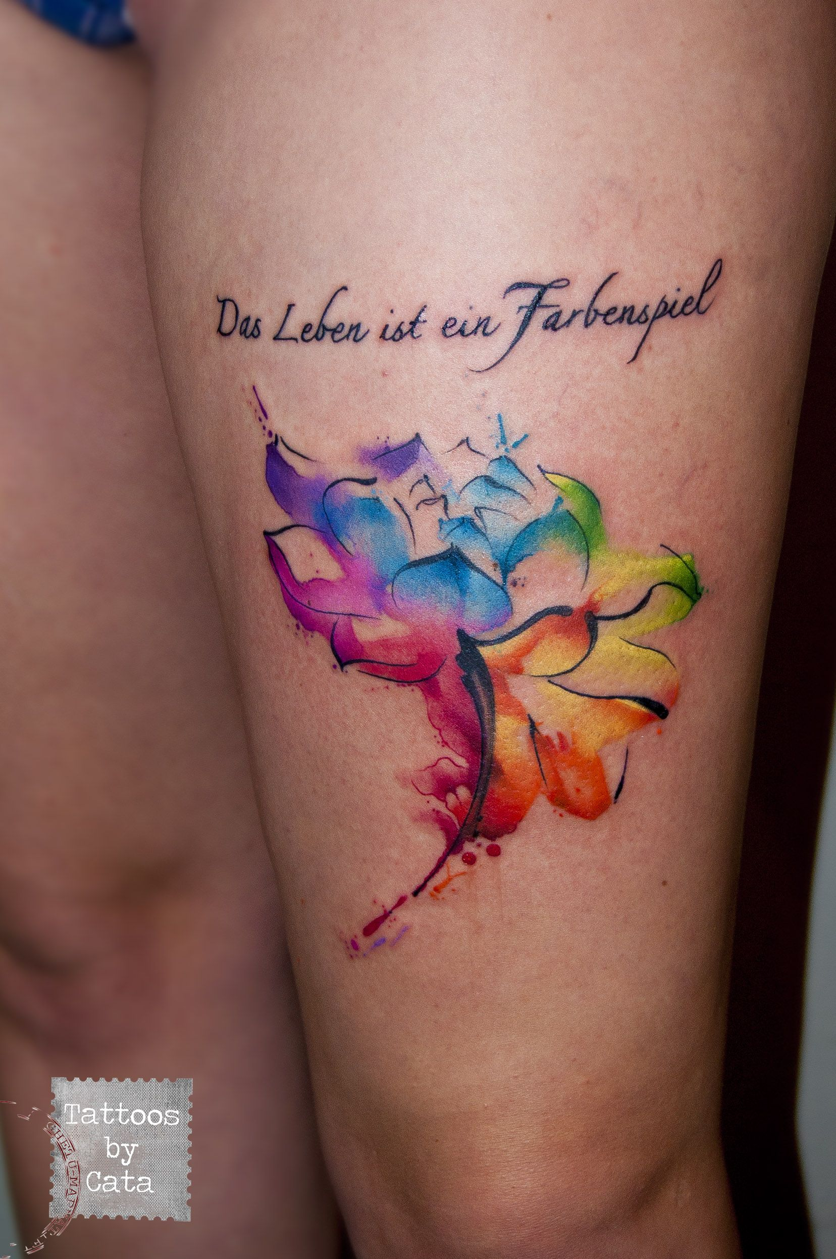 Watercolor flower designed and tattooed by cata tattoos