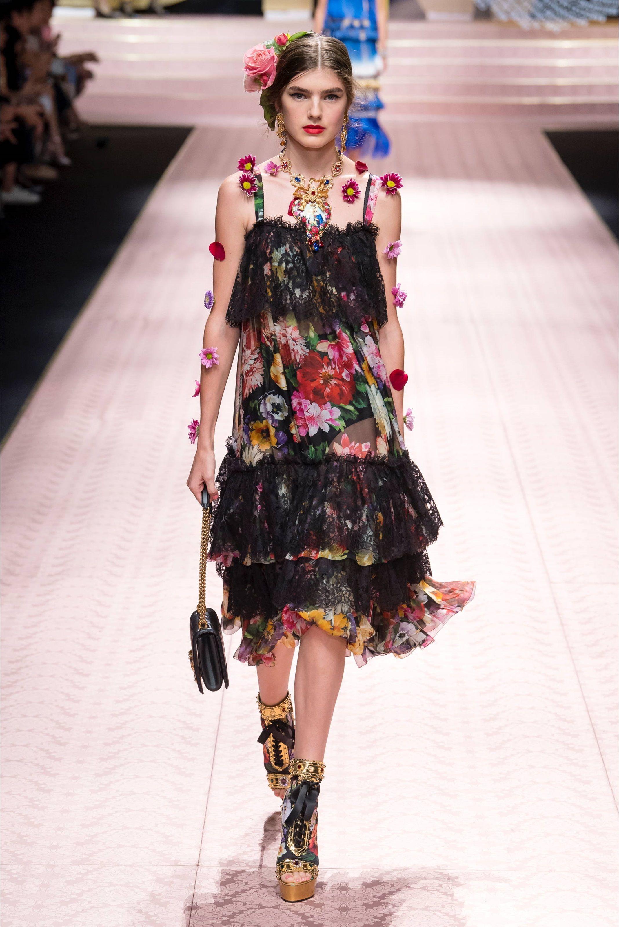 97275591a0 Sfilata Dolce & Gabbana Milano - Collezioni Primavera Estate 2019 ...