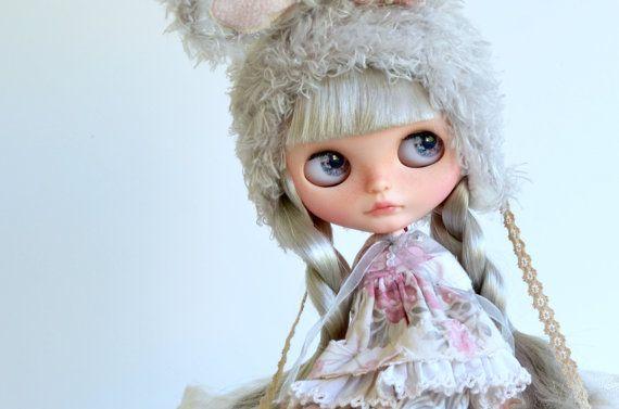 Luna - Artdoll OOAK Custom Original Blythe Doll